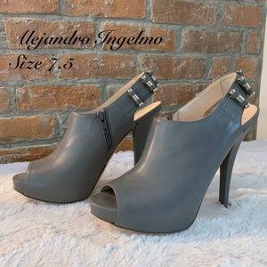 Alejandro Ingelmo Heels - size 7.5 Gray